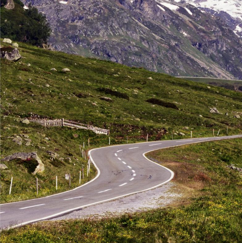 foto_02_winding_road